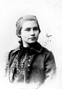 Betty Lund Unter 1897